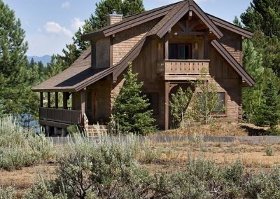 Idaho Mountain Retreat by Natural Element Homes